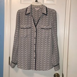 Candie's Patterned Collared Long Sleeve Blouse